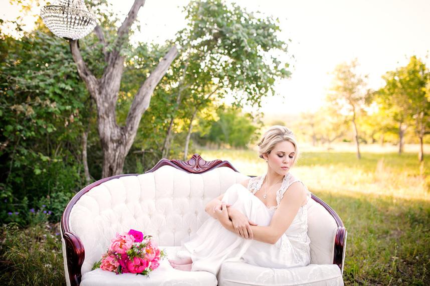 truenorthphotography_beelavish_pinkparasol1
