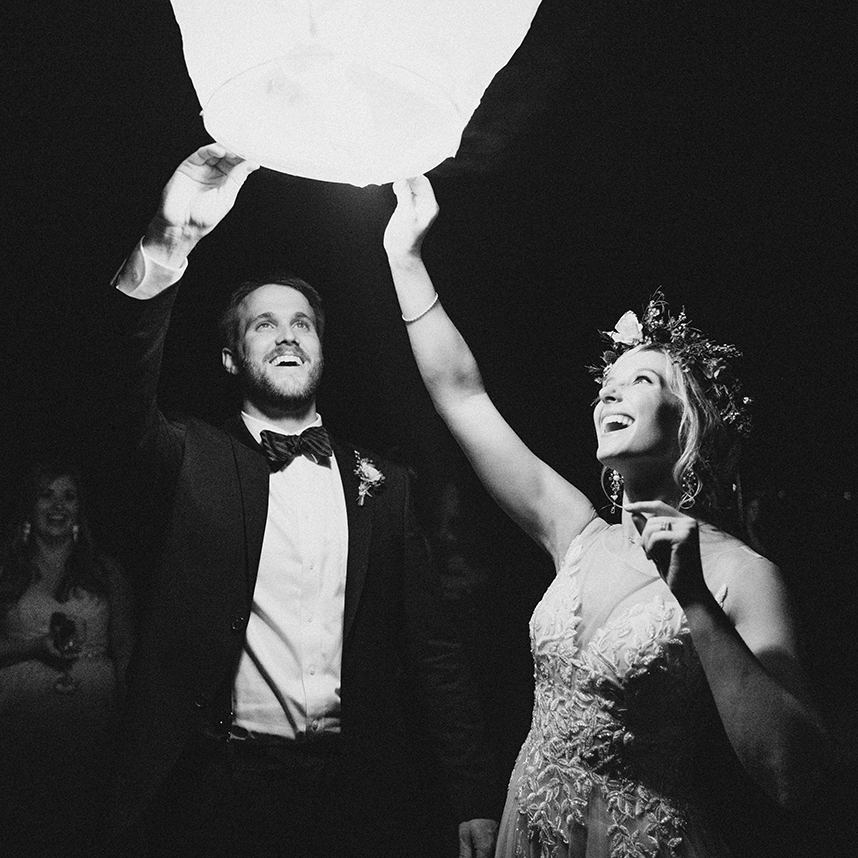 Diamond-Wedding-Chinese-Lanterns-028