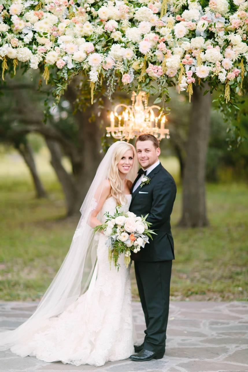 Garden Glam Austin Wedding at Ma Maison | Jaclyn + Dustin