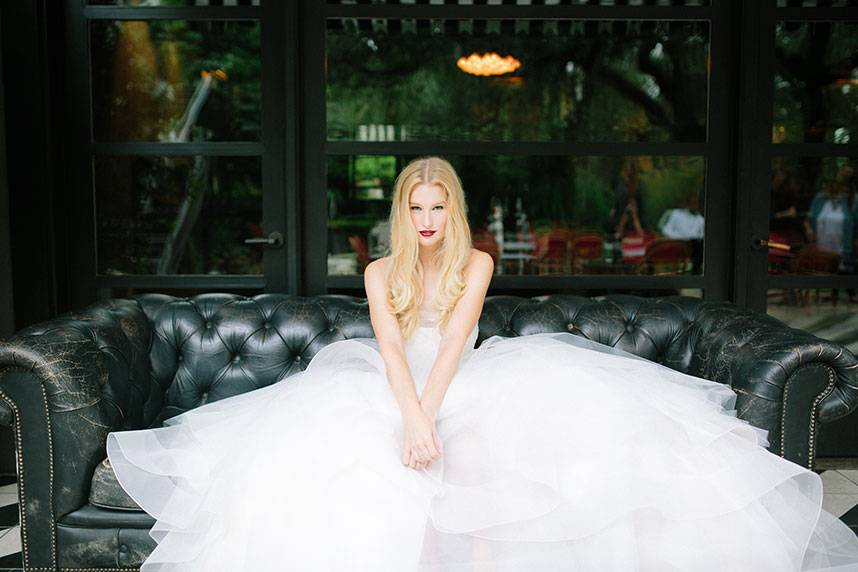 Blog-RevolutionaryLove_TravisHallmarkPhotography_BridesOfAustin_GownShoot_SS16_002