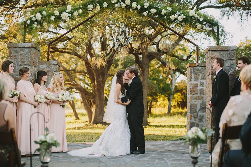 ma-maison-pink-white-texas-hill-country+wedding-16