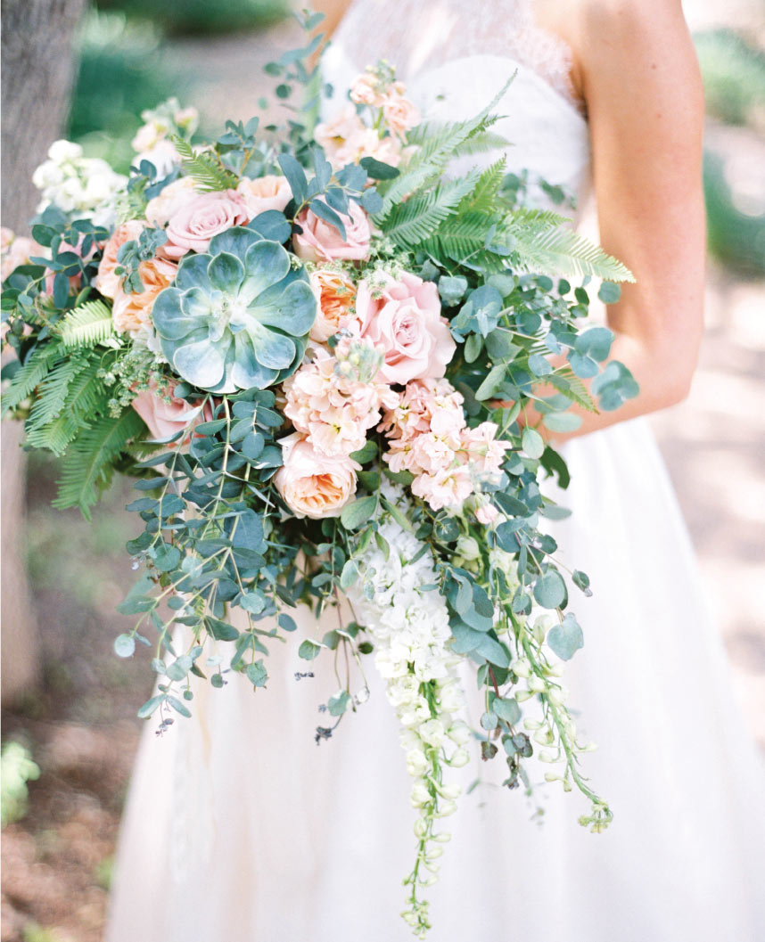 Grand Wedding Bouquets From Austin Florists