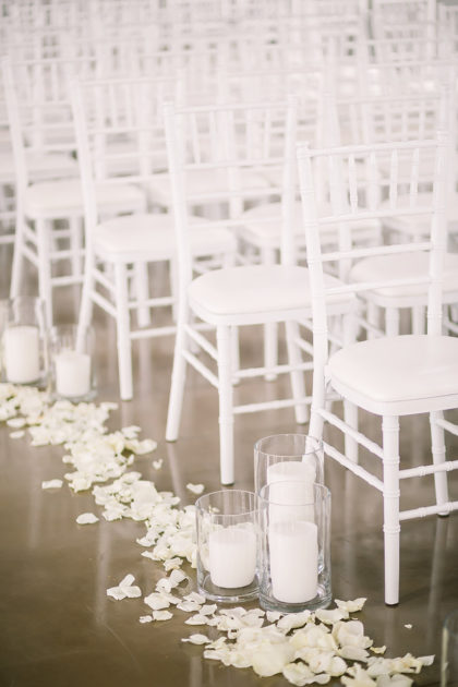 Chelsea Pierce And Bryan Caffey S Rustic Greenery Filled
