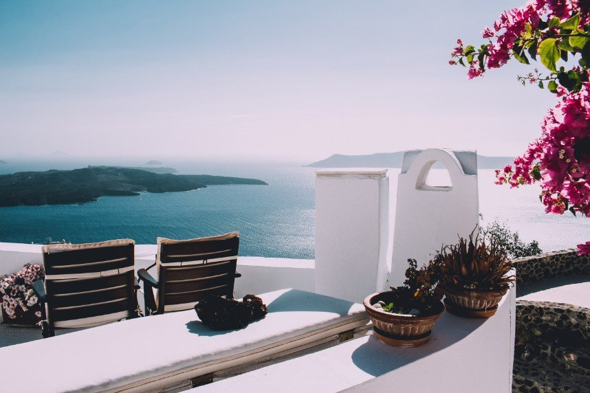 How to Choose Your Honeymoon - Tips from Luxe Departures