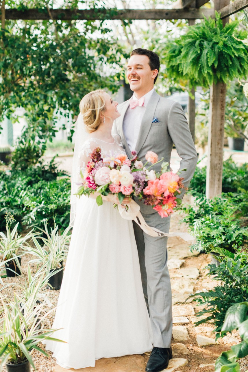 Eleanor Bowen Weds James Hamilton Eclectic Vintage Austin Wedding Captured by Feather & Twine