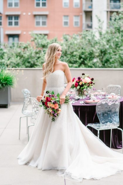 modern mix jewel toned wedding inspiration from kristen catter events