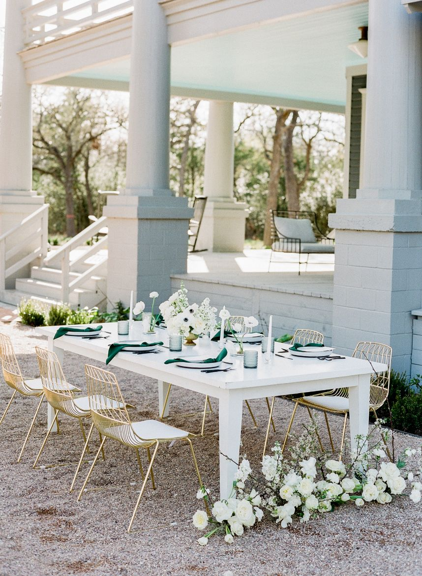 What to Consider When Booking Your Austin Wedding Venue