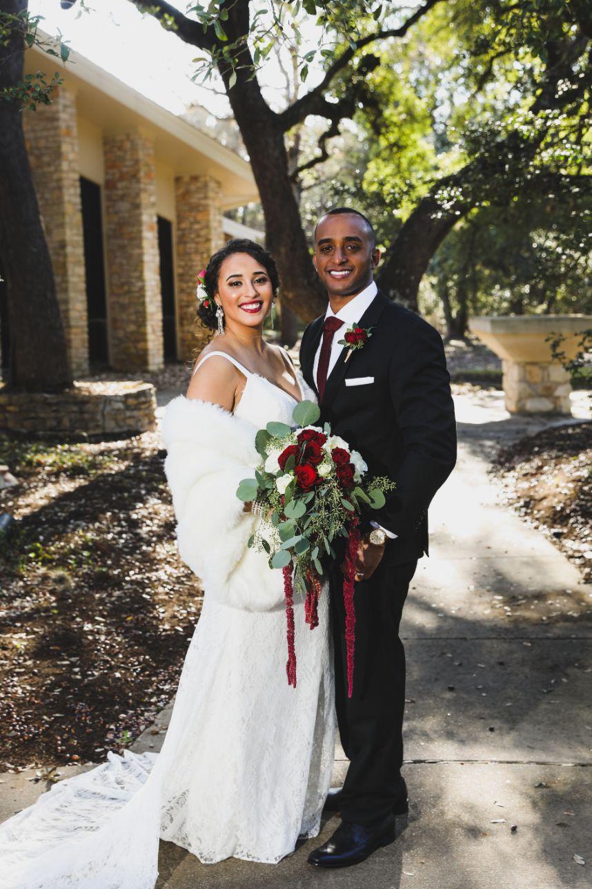 garden chic wedding couple